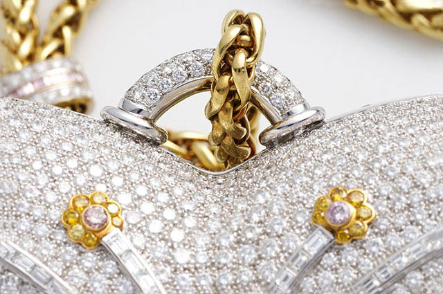 1001 Nights Diamond Purse от ювелирного дома Mouawad