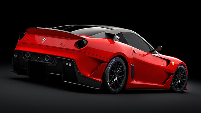 Красная Ferrari 599XX с черной крышей сзади