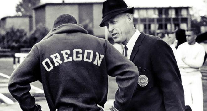 Бил Боурмэн с бегуном из Орегона