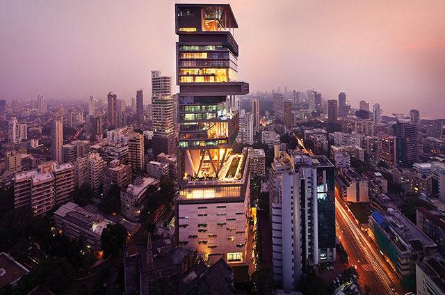 Частный многоэтажный дом Мукеша Амбани
