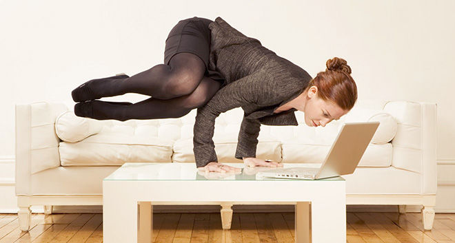 Йога в офисе на рабочем месте