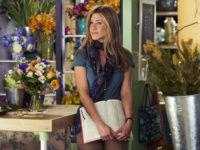Дженифер Энистон в цветочном магазине