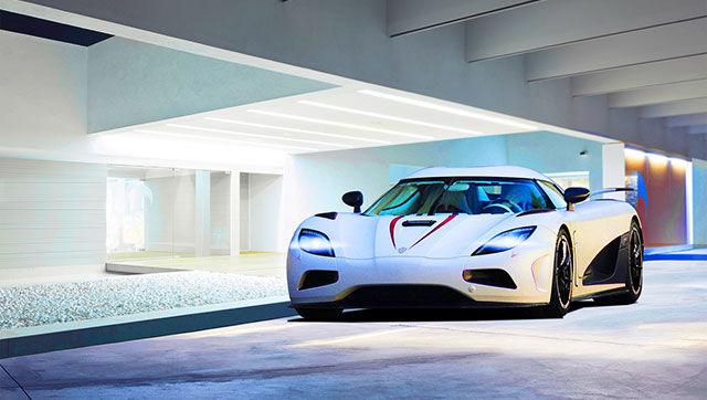 Белая Koenigsegg Agera R