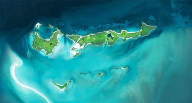 Вид на остров с космоса
