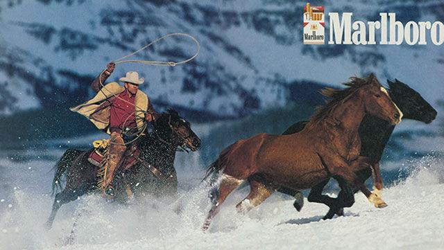 Реклама Marlboro с ковбоем