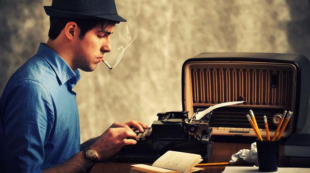 За печатной машинкой