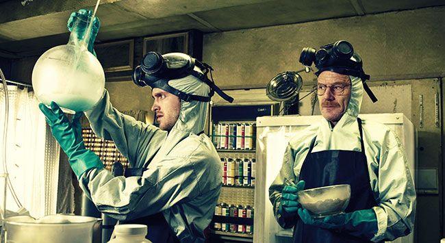 Пинкмэн и Хайзенберг варят метамфетамин